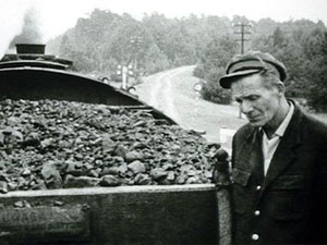 Cena do documentário 'Shoah', sobre campos de concentração da Segunda Guerra Mundial (Foto: Reprodução)