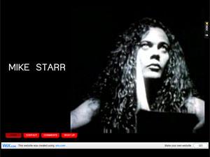 O ex-baixista do Alice in Chains Mike Starr em foto publicada em seu site pessoal (Foto: Reprodução)