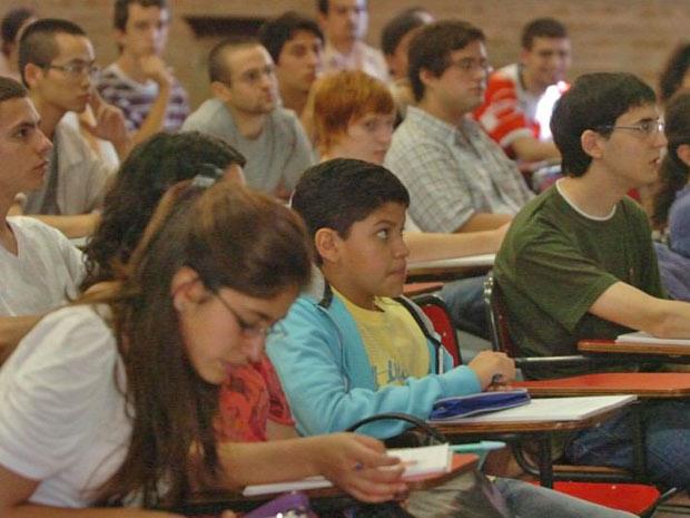 Kouichi disse que aula na universidade não foi tão difícil como imaginou (Foto: Daniel Cáceres / Clarín )