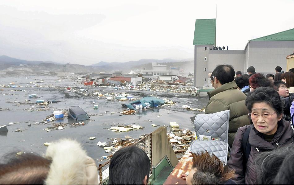 'Não há informações sobre vítimas brasileiras', diz embaixador no Japão (Yomiuri/Reuters)