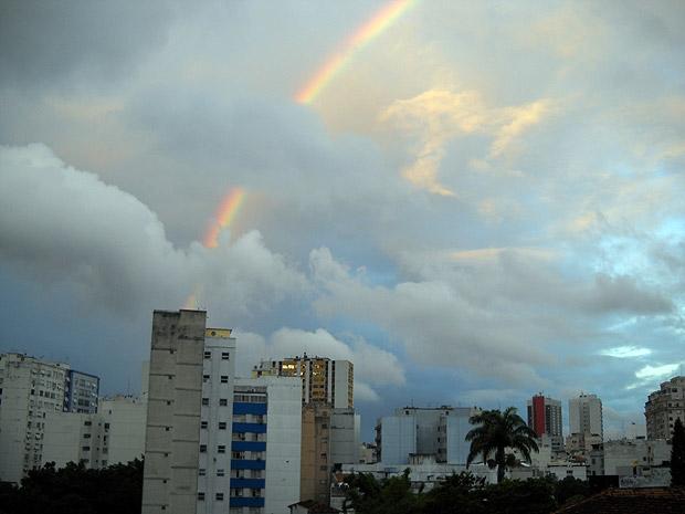 Arco-íris no Rio (Foto: Alba Valéria Mendonça / G1)