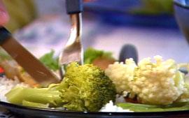 """""""Leve seu alimento para o trabalho"""", nutricionista dá dica para emagrecer (Foto: Rede Globo)"""