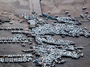 carros tsunami japão (Foto: Arquivo/AFP)