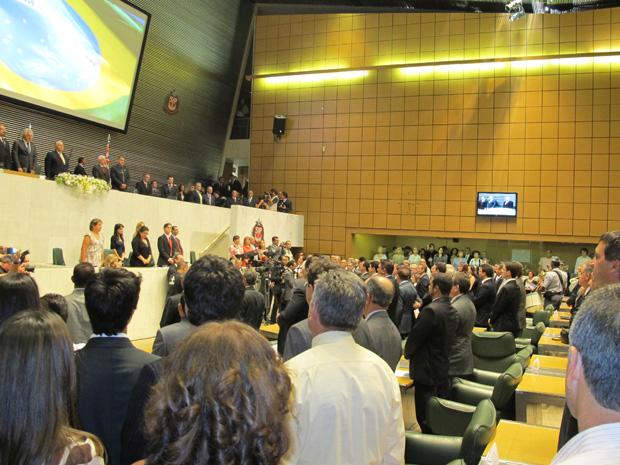 Cerimônia de posse começa na Assembleia (Foto: Luciana Bonadio/G1)