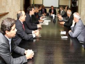 Prefeitos se reúnem com ministro da Integração Nacional, Fernado Bezerra Coelho. (Foto: Adalberto Marques  / Integração Nacional )