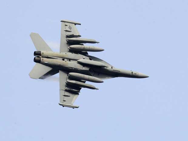 Avião utilizado durante operação na Líbia (Foto: Alessandro Garofalo/Reuters)