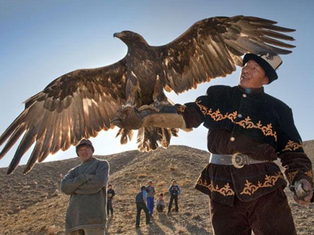 Águia Caça 3 (Foto: Vladimir Voronin / Caters)