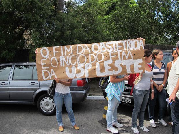 Protesto de alunas da USP Leste (Foto: Juliana Cardilli/G1)
