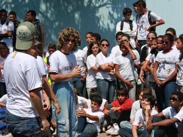 Atores apresentam peça sobre bullying em escola do Rio (Foto: Arquivo pessoal)