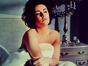 Elizabeth Taylor em cena de 'Disque Butterfield 8', que lhe valeu um Oscar em 1960. (Foto: Divulgação)