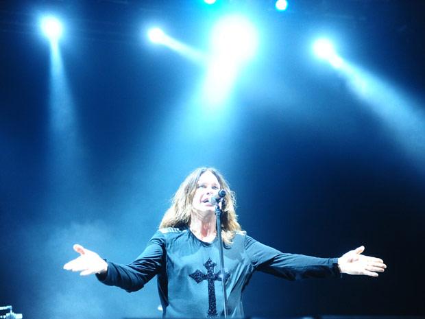 Ozzy Osbourne durante apresentação nesta quarta (30) em Porto Alegre (Foto: Ricardo Duarte/Agência RBS)