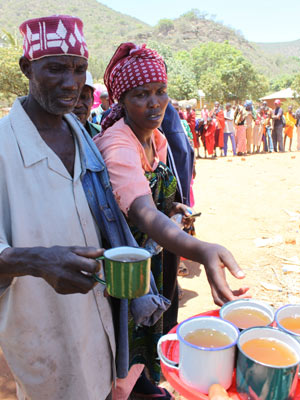 Poção Tanzânia 1 (Foto: David Wambundo / BBC)
