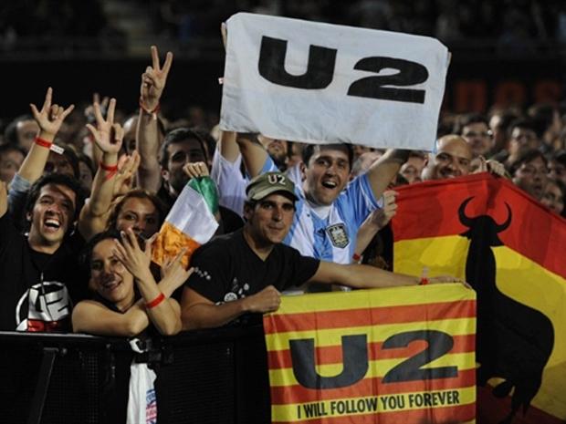 Fãs do U2 na Argentina (Foto: AFP)