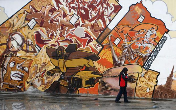 Grafite na cidade de Krasnoyarsk, na Rússia. (Foto: Reuters)