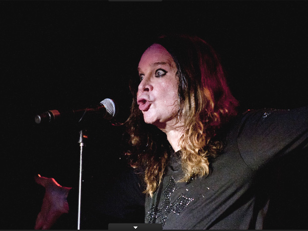 Ozzy Osbourne subiu ao palco do Sambódromo do Anhembi às 21h30 deste sábado (2) (Foto: Daigo Oliva/G1)