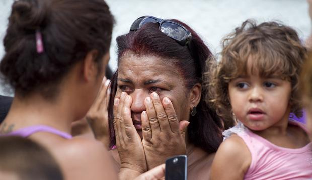 Ex-aluno mata 11 a tiros em escola no Rio (Ex-aluno mata 11 a tiros em escola no Rio (Ex-aluno mata 12 a tiros em escola no Rio (Ex-aluno mata 12 a tiros em escola no Rio (Ex-aluno mata 11 a tiros em escola no Rio (Ex-aluno mata 11 a tiros em escola no Rio (Ex-aluno mata 10 a tiros em escola no Ri)