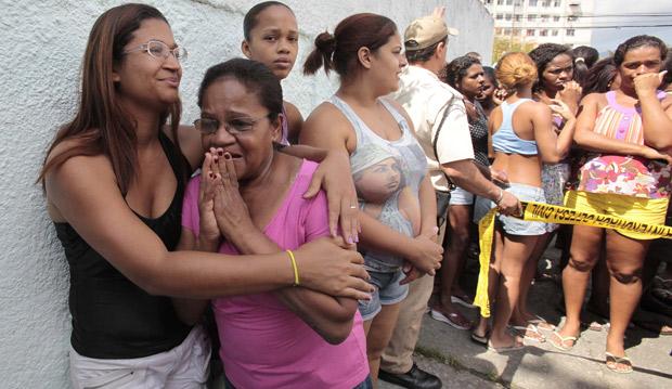 Realengo; tiroteio (Foto: Reuters)