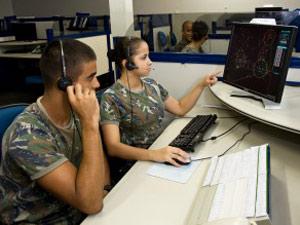 Controlador de tráfego aéreo (Foto: Divulgação)