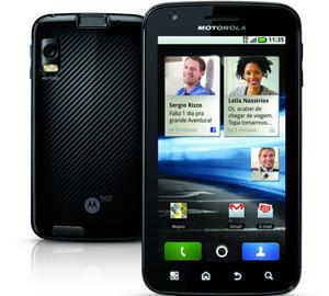 Smartphone Atrix, da Motorola (Foto: Divulgação)