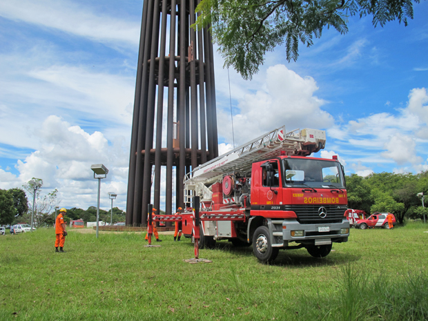 bombeiros (Foto: G1)