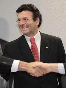 O ministro Luiz Fux após sabatina no Senado em que teve o nome aprovado para vaga no STF (Foto: José Cruz/ABr)