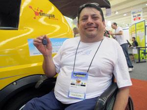 O Pratiko foi desenvolvido por Márcio David, que ficou paralítico após uma poliomelite (Foto: Rafael Italiani/G1)