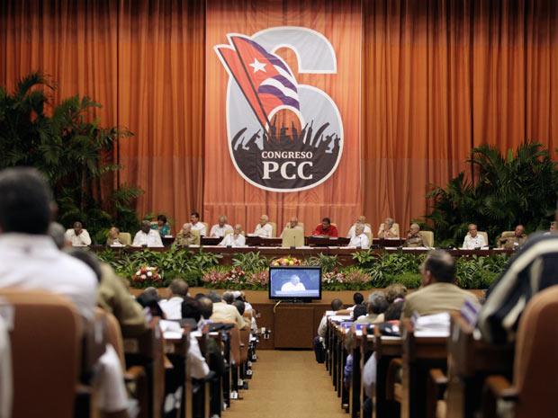 Delegados participam do Congresso do Partido Comunista Cubano (Foto: Reuters)