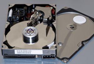 Várias partes do disco rígido podem deixar de funcionar se ele ficar parado (Foto: Divulgação)