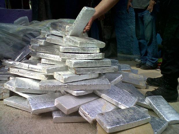 Duas toneladas de maconha encontradas na favela da Rocinha, na Zona Sul do Rio. (Foto: Carolina Lauriano/G1)