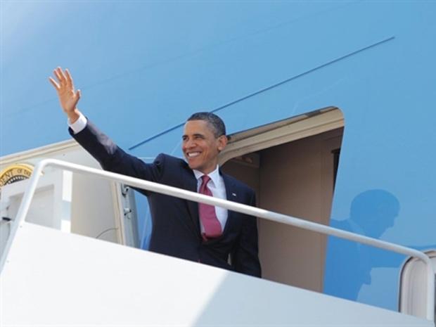 Obama embarca no Air Force One nesta quinta (20) para viagem aos estados de Califórnia e Nevada (Foto: Mandel Ngan / AFP)