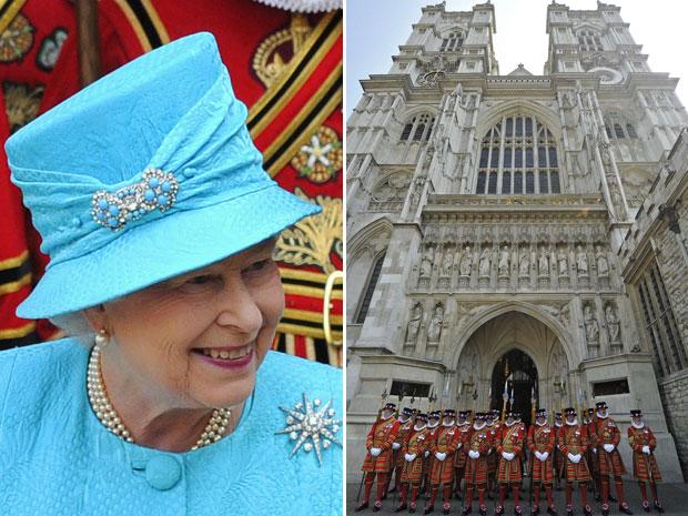 Guardas se posicionam em frente à Abadia de Westminster, mesmo local onde será realizado o casamento do príncipe William com Kate Middleton no próximo dia 29. (Foto: Toby Melville/Reuters)