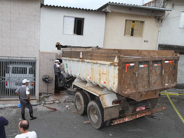 caminhão acidente são paulo (Foto: Luiz Guarnieri/AE)