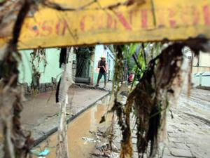Estragos causados pela chuva (Foto: Bruno Gonzalez / Agência O Globo)