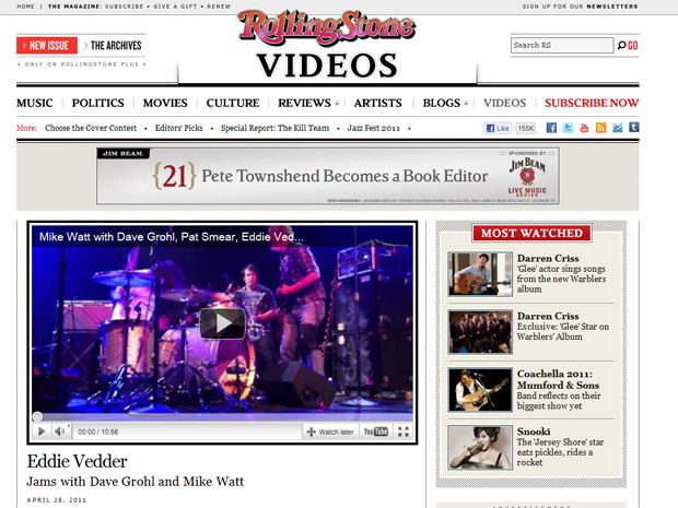Mike Watt recebe Eddie Vedder e Dave Grohl em show em Seatlle (Foto: Reprodução/Rolling Stone)