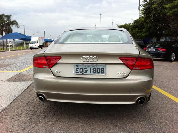 Traseira  do Audi A7 destoa do resto do carro (Foto: Priscila Dal Poggetto/G1)
