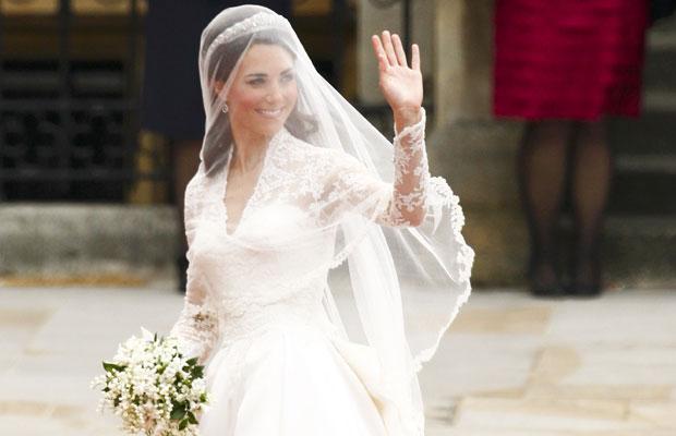 Kate Middleton  chega na abadia de Westminster (Foto: Kai Pfaffenbach/Reuters)