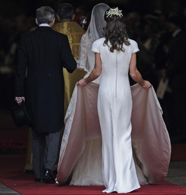 Cerimônia na Abadia de Westminster começou pouco após as 7h (Foto: Martin Meissner/AP)