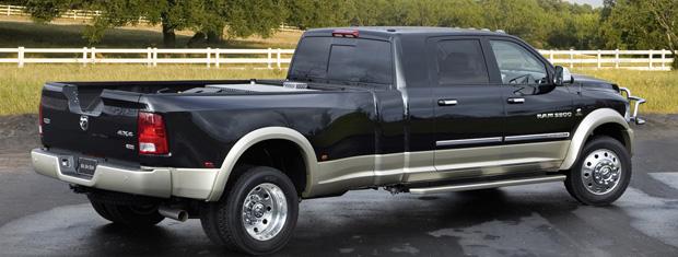 Picape Ram Long-Hauler visa substituir caminhões pequenos (Foto: Divulgação)