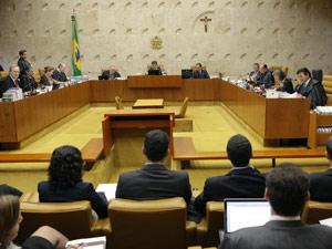Ministros do Supremo durante sessão sobre união entre homossexuais (Foto: Carlos Alberto / Imprensa STF)