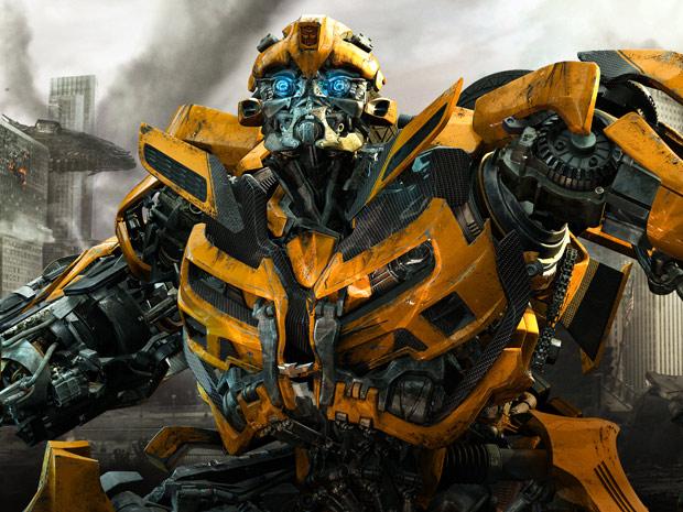 O Autobot Bumbleblee retorna em 'Transformers - O lado oculto da Lua' para lutar contra os inimigos Decepticons (Foto: Divulgação)