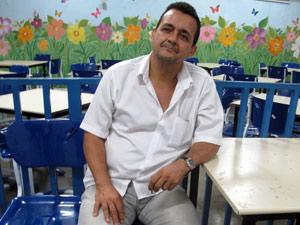 Diretor Luiz Marduk acha que a escola nunca mais voltará à normalidade (Foto: Tássia Thum/G1)