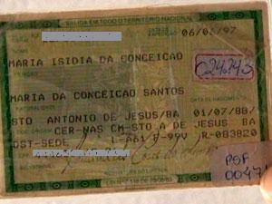 Documento atesta idade de idosa baiana, que pode ser a mulher mais velha do mundo (Foto: Reprodução/ TV Subaé)