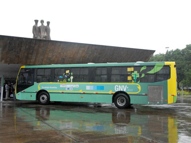 Ônibus foi lançado nesta terça (10) no Aterro do Flamengo (Foto: Fotógrafo: Salvador Scofano)