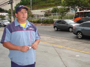 Carlos Augusto viu diversos crimes na Avenida Giovanni Gronchi (Foto: Paulo Toledo Piza/G1)