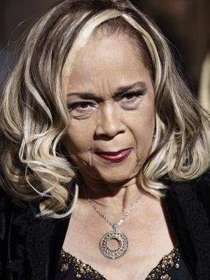 A cantora Etta James, em imagem de 2008. (Foto: AP)