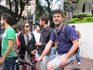 Mateus Mendonça - manifestação Higienópolis (Foto: Roseane Aguirra/G1)