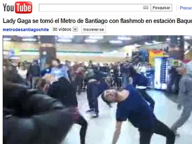 Santiaguinos dançam ao som de Lady Gaga em estação do metrô nesta terça-feira (17) (Foto: Reprodução)