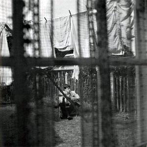 Capa de 'Chaos and creation in the backyard', de 2005 (Foto: Reprodução)