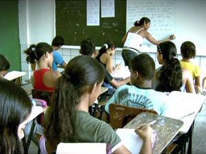 Estudantes em sala de aula (Foto: TV Globo/Reprodução)