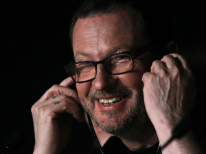 O diretor Lars Von Trier lança 'Melancholia' em Cannes (Foto: AP)